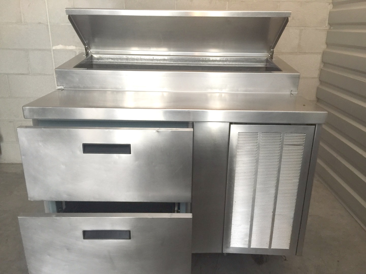Used Delfield 48 Quot Raised Rail 2 Drawer Work Pizza Prep Table Refrigerator