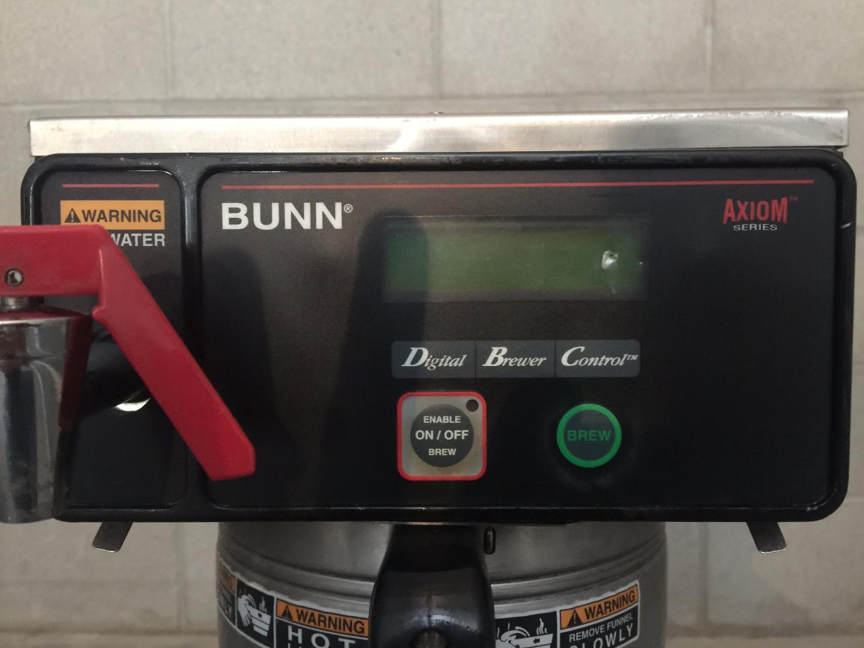 Used Bunn 38700 0032 Axiom Dv Aps Airpot Coffee Brewer