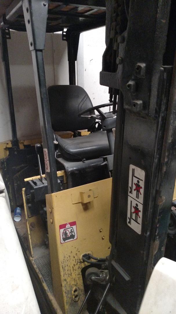 Used Clark Eca 30 Type E Electric Fork Lift 5 550 Pound