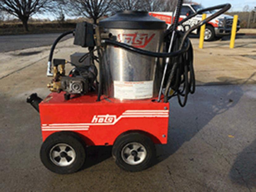 Used Hotsy 555ss Hot Water 115 Volt Diesel 2 2gpm