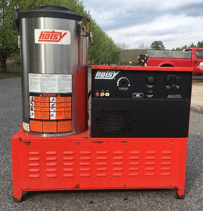 Used Hotsy 982SS 1PH / Natural Gas 3 9GPM @ 2000PSI Hot Water