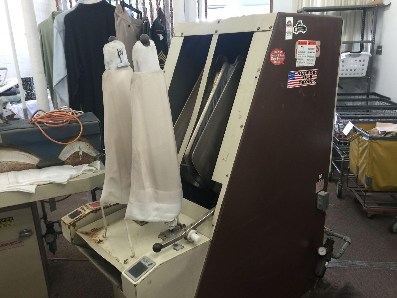 cleaning shirt machine