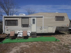 '89 Nuwa Hitchhiker 28' Gooseneck Travel Trailer Used