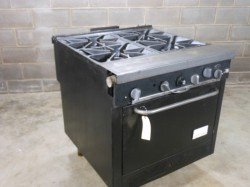 Southbend 1364 4 Burner Single Oven Stove Used, Not Tested