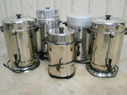 5 Regal Ware Commercial Coffee Urns Used, Tested Good
