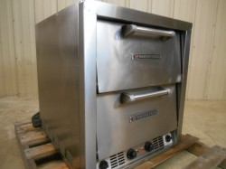 Baker's Pride 4 Deck Electric Counter Top Oven Used, Tested Good