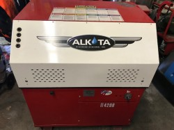 Alkota 420B 2000PSI Cold Cabinet Pressure Washer Never Used, Tested Good