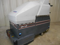 Advance 28LX Self-Propelled Floor Scrubber Used, Not Tested