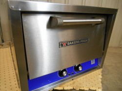 Baker's Pride 2 Deck Electric Counter Top Oven Used, Tested Good