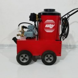 Hotsy 550 1000PSI Hot Pressure Washer W/Reel Used, Tested Good