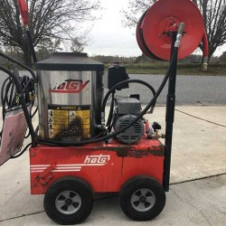 Hotsy 555SS 2.2GPM @ 1300PSI Hot Pressure Washer & Reel Used, Tested Good