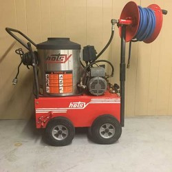 Hotsy 555SS 2.2GPM @ 1300PSI Hot Pressure Washer W/Reel Used, Tested Good