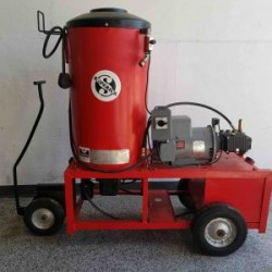 Hotsy 980SS Electric / Diesel 2000PSI Hot Pressure Washer Used, Tested Good