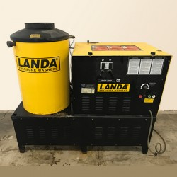 Landa Natural Gas 4GPM @ 3000PSI Hot Pressure Washer Used, Tested Good