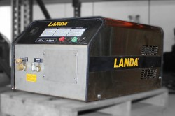 Landa SEA4 2000PSI Cold Pressure Washer Used, Tested Good
