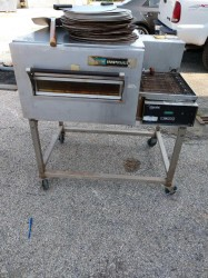 Lincoln 1116 Gas Pizza Conveyor Oven Used, Tested Good