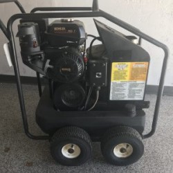 Mi-T-M H871 Hot Gas / Diesel 2700PSI Pressure Washer Used, Tested Good