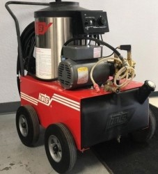 Premium Hotsy 555SS 1300PSI Hot Pressure Washer Used, Tested Good