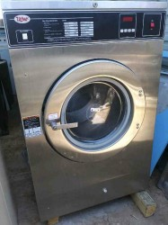 Unimac 40 Pound On Premise Laundry / Very Clean Used, Tested Good