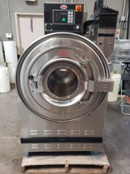Unimac 60 Pound On Premise Laundry Washer / Very Clean Used, Tested Good