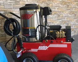 Hotsy 795SS Electric / Diesel 2000PSI Hot Pressure Washer Used, Tested Good