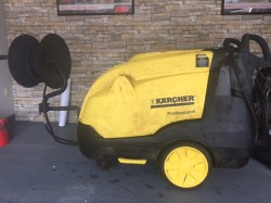 Karcher HDS Hot Electric / Diesel 3000PSI Pressure Washer Used, Tested Good