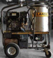 Used Landa Gas 3500PSI Hot Pressure Washer Used, Tested Good