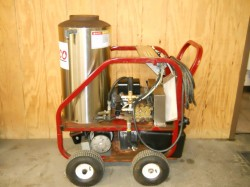 Whitco 420RS Electric / Diesel 2000PSI Hot Pressure Washer Used, Tested Good